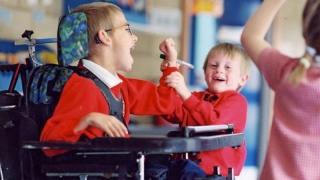 Proiect pentru tinerii cu dizabilități