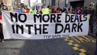 Proteste la Bruxelles împotriva acordurilor dintre UE şi SUA