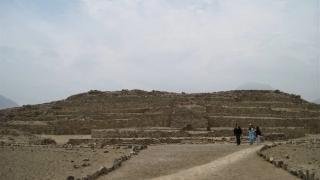 Rămăşițe ale unui vas antic, descoperite în apropierea piramidelor