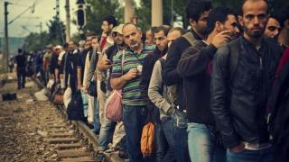 Refugiaţii mor pe capete în lagăre şi UE aberează financiar despre vieţile lor