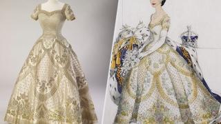 Regina Elisabeta își expune rochiile la Buckingham