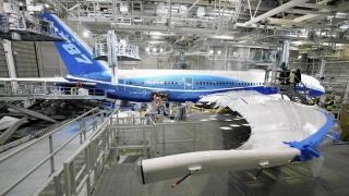 Restructurări masive la Boeing