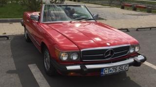 Proprietarii de mașini de epocă, în paradă la Constanța