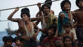 """Rohingya, """"epuraţi etnic"""" în Myanmar! Gravă criză umanitară"""