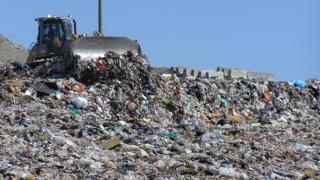 România, sancțiuni din cauza gropilor de gunoi. Două, în județul Constanța