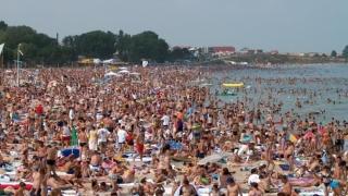 Românii își cumpără din timp vacanțele pe litoral