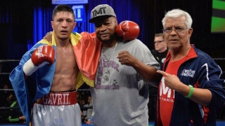 Ronald Gavril va boxa pentru titlul mondial WBC