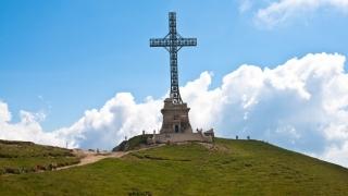 Crucea de pe Masivul Caraiman, trecută în administrarea MApN