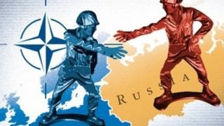 Rusia - NATO, de la discuţii în consiliu la... avertizări cu iz militar