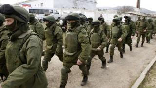 Rusia reduce bugetul apărării, pentru a combate criza economică
