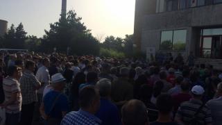 Salariații Petromidia protestează! Vor majorări salariale!
