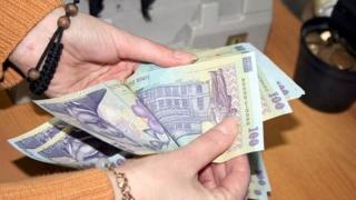 Salarii mai mari pentru mii de bugetari. Vezi cine ia cel mai mult!