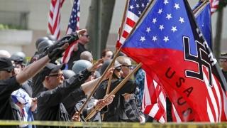 Saluturi naziste la un miting al extremiștilor americani în cinstea lui Trump