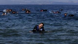 Şapte morţi şi 96 de dispăruţi după scufundarea unei nave în Mediterană