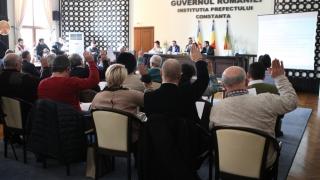 Ședința CJC, dezbateri în limba oficială a Absurdistanului