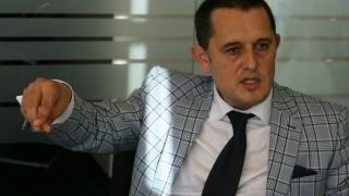 Sfătuitorul premierului Tudose vrea capul liderului PSD