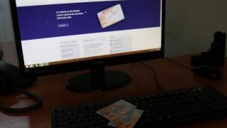 """Sistemul informatic al cardului naţional de sănătate, la fel de """"bolnav""""!"""