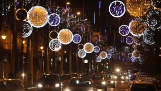 Spiridușii lui Moș Crăciun pregătesc luminile festive pentru Constanța