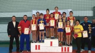 Sportivele din Mangalia și Constanța au dominat CN de lupte libere pentru junioare 3 și 4