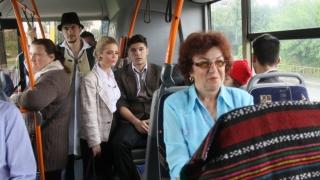 Studenții şi profesorii vor beneficia de reducere la transportul în comun?