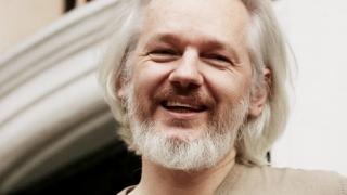 Suedia renunță la ancheta ce îl vizează pe Julian Assange