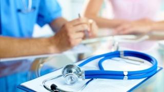 Suntem codași la furnizarea serviciilor medicale. Ce rezolvă problema?