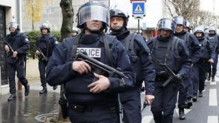 Suspecți de terorism arestați în Franța
