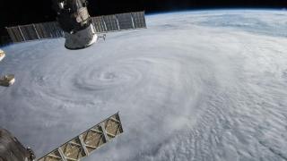 Taifunul Talim evacuează jumătate de milion de chinezi