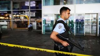 Tentativă de atac terorist dejucată pe aeroportul din Istanbul