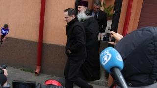 ÎPS Teodosie, întâmpinat cu scandal la sediul IPJ Constanța, de un fost preot