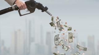 Timbrul de mediu, ascuns în prețul majorat al benzinei?