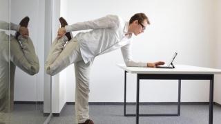 Tinerii vor la angajare abonament la sala de fitness sau carduri de reducere