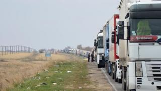 TIR-uri moldovenești blocate de Ucraina
