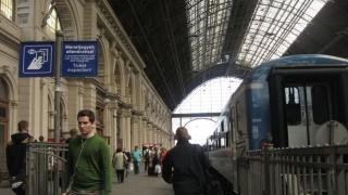 Toate trenurile internaționale care trec prin Ungaria, controlate! Vezi de ce!