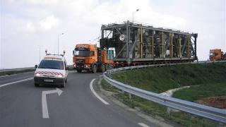 Traficul rutier din județ, perturbat de mai multe transporturi agabaritice