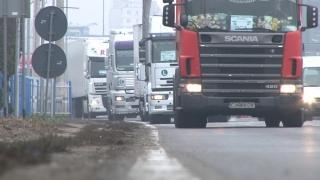 Transportatorii au blocat centurile ocolitoare în șase municipii