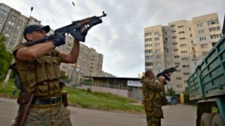 Trei soldaţi ucraineni ucişi de separatiști