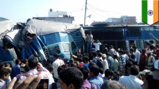 Tren deraiat în India