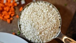 Trucuri. Cum să prepari cel mai gustos orez risotto