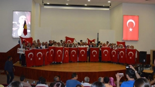 Turcii din România, demonstrație de forță la un mare festival de dans