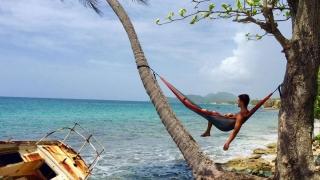 S-au terminat vacanțele plătite ale frecangiilor din Turism