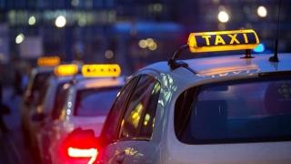 Soldați electorali în războiul Uber - Taxi