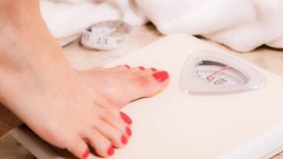 Cum să eliminaţi REPEDE grăsimea de pe abdomen