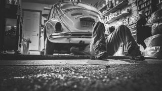 Cum să pregătești mașina pentru iarnă - 5 elemente de verificat și schimbat pentru a te feri de incidente