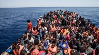 Cum se pot limita fluxurile migratorii spre Europa? Se discută la Luxemburg