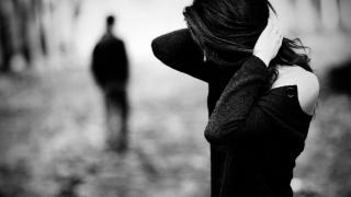 Cum treci peste despărţirea de prieten, soţ, iubit? Metode eficiente!
