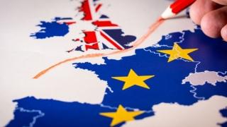 Cum vor circula românii în şi dinspre Marea Britanie după Brexit?