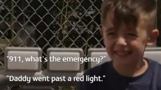 Un băieţel din SUA și-a reclamat tatăl că trecuse cu maşina pe roşu