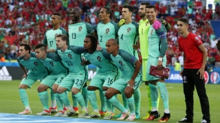 Un fan a participat la fotografia de grup a naționalei Portugaliei!