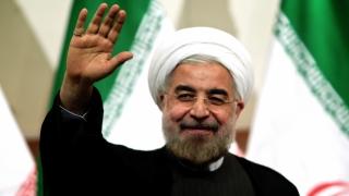 Uniţi împotriva ameninţării SUA: Ayatollahul l-a validat pe președintele Iranului pentru al doilea mandat